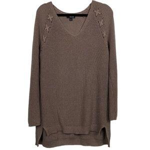 A.N.A. V-Neck Hi-Low Hem Knit Pullover Sweater